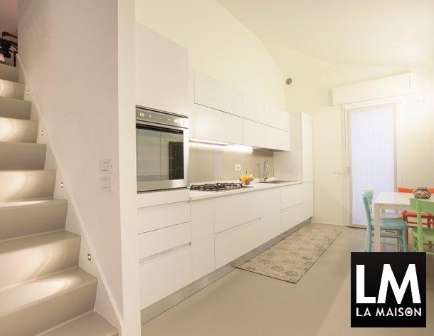 In casa di vittoria la maison e lifestyle magazine for Casa moderna bianca