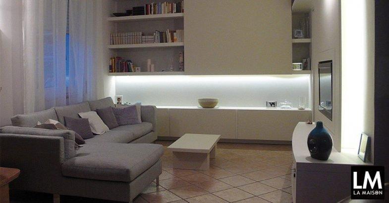 Risolvere problemi di spazio e rimodernare un soggiorno