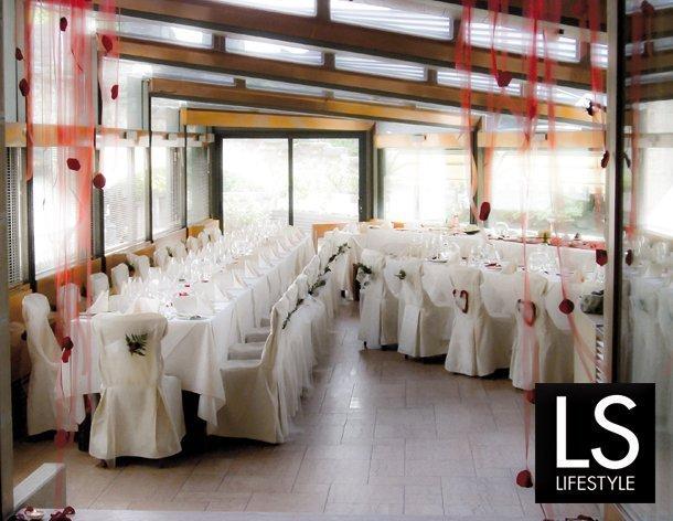 location-del-matrimonio-ristorante-Hotel-Cesare-centro-storico-san-marino-sala-ricevimento-nozze-610x472