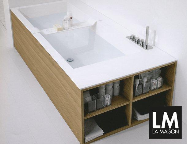 Vasca Da Bagno Con Seduta E Legno Oggetti Design : Rilassarsi ad arte vasca da bagno biblio può ospitare