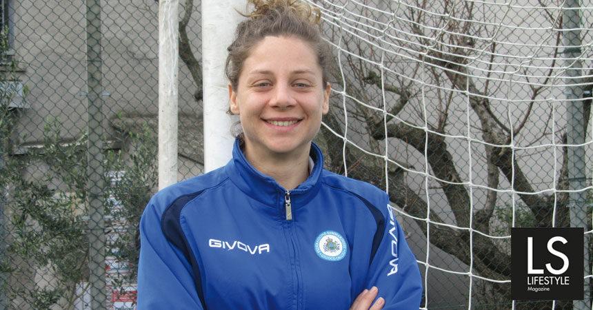 La donna con i tacchetti (da football) Valeria Canini